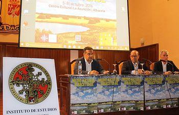 Acto de inauguración de las III Jornadas sobre el Medio Natural, desarrolladas en el Centro Cultural La Asunción y organizadas por el Instituto de Estudios Albacetenses