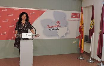 Josefina Navarrete.