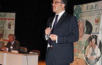 Hugo Muñoz, durante su intervención en un encuentro con mayores organizado por UDP hoy en Toledo