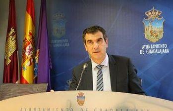 Antonio Román presenta las delegaciones de Gobierno