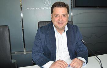 Manuel Serrano.