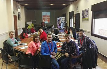 El Portavoz del Gobierno de CLM y Secretario General de JSCM, Nacho Hernando, visita la I Escuela de Invierno de JSPA en Agramón