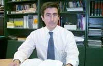 Valentín Ceña, catedrático de la UCLM y director del CRIB