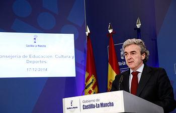 Leandro Esteban en la rueda de prensa del Consejo de Gobierno-171214 III. Foto: JCCM.