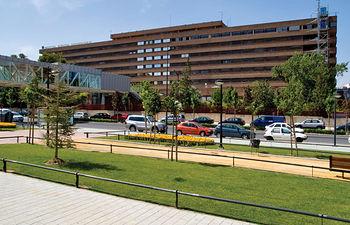 Hospital General Universitario de Albacete, comunicado con la Facultad de Medicina.