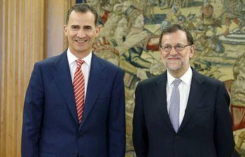 El Rey y el líder del PP, Mariano Rajoy, este viernes. VÍDEO: ATLAS.