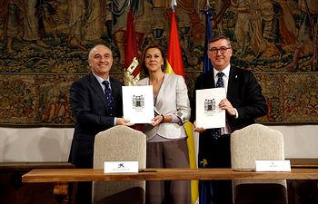 Cospedal Firma La Caixa El Quijote_3. Foto: JCCM.