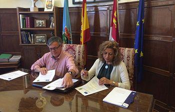 """La Junta y el Ayuntamiento de Hellín acuerdan el desarrollo de prestaciones en beneficio de la comunidad de menores """"infractores"""""""