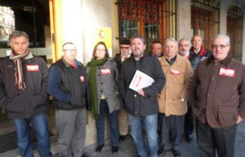 Entrega del escrito en la Delegación del Gobierno en Toledo