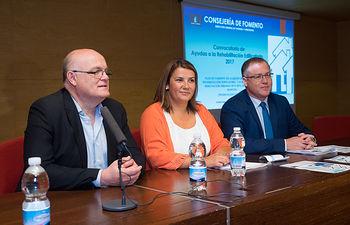Agustina García, consejera de Fomento, inaugura las Jornadas Informativias de Rehabilitación Edificatoria en Albactee
