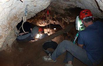 Imagen relativa a la excavación arqueológica que se ha llevado a cabo en los primeros días de septiembre en Tamajón.