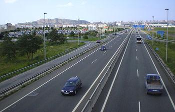 Autopista. Imagen de archivo.