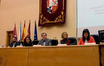 Participantes en la inauguración del curso celebrado el 9 de marzo.