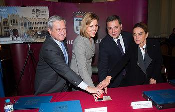 Presentación de la nueva emisión  del sello de Correos de la de la serie \'Efemérides\' que conmemora el centenario de la Plaza de Toros de Albacete