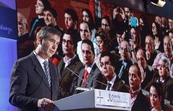 El Alcalde durante la entrega de premios de la Educación