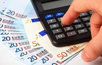 El Gobierno de Castilla-La Mancha presenta ante el Ministerio de Hacienda facturas impagadas por 2.510 millones. Imagen de archivo.