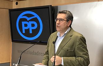 Miguel Ámgel Rodríguez.