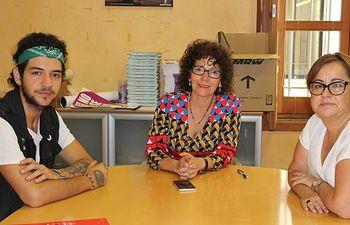 Carmen Pimienta con Quique Montero y Manoli Nieto.