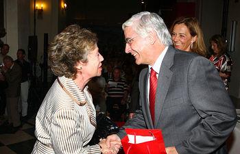 El presidente de Castilla-La Mancha, José María Barreda, presidió el homenaje a los profesores jubilados que cada año organiza el Gobierno regional, en la Iglesia de San Pedro Mártir en Toledo.