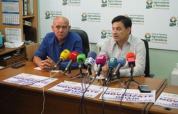 Presentación de la convocatoria de manifestación por los pozos de sequía de Hellín organizada por UPA