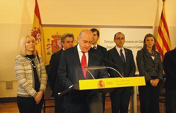 Jorge Fernández Díaz ha presidido en Barcelona el acto de toma de posesión de cinco nuevos comisarios del Cuerpo Nacional de Policía. Foto: Ministerio del Interior
