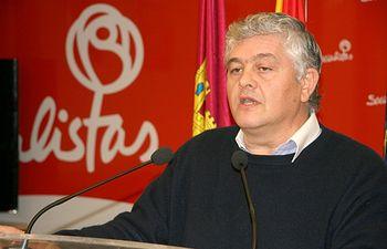 Luis Santiago Tierraseca.
