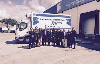Matilde Basarán visita la cooperativa 'Matadero Frigorífico Montes de Toledo', de Pulgar (Toledo). Foto: JCCM.