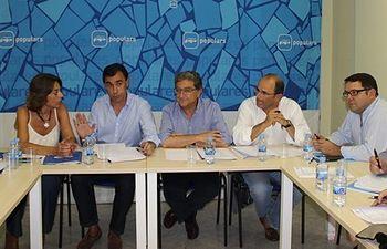 Reunión con el equipo de Campaña del Partido Popular de Cataluña en la provincia de Girona