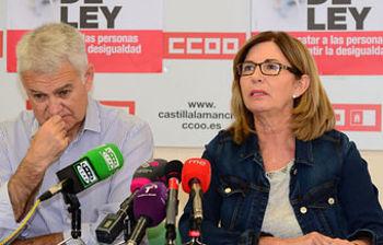 Remedios Toboso junto a Jose Luis Gil
