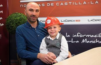 José Luis López Cabezuelo, junto a su hijo Pablo