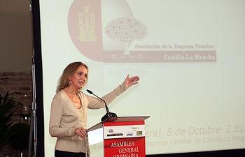 Casero Clausura Asamblea Empresa Familiar3. Foto: JCCM.