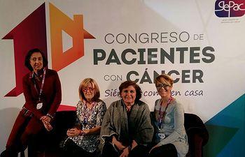 Parte de la directiva de ACEPAIN junto con Dª Begoña Barragán, presidenta de GEPAC.