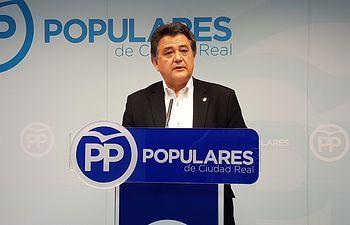 Leopoldo Sierra.