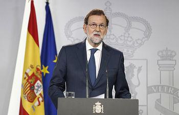 El presidente del Gobierno, Mariano Rajoy, ha comparecido tras el Consejo de Ministros extraordinario que ha decidido recurrir el referéndum ilegal de determinación en Cataluña.