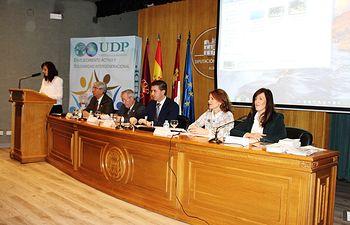 Inauguración jornadas UDP sobre Promoción del buen trato a las personas mayores