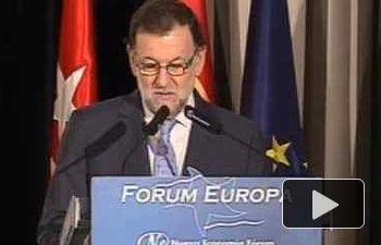 """Rajoy: """"Alonso tiene el compromiso político frente a los que quieren convocar consultas ilegales"""""""