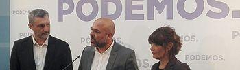 José García Molina, Óscar Urralburu y María Giménez.