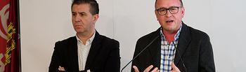 Santiago Cabañero, secretario provincial del PSOE de Albacete, junto a Gerardo Gutiérrez, responsable de la secretaria provincial de Diálogo Social y Política Económica en Albacete