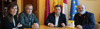 Reunión mantenida entre Manuel Serrano con el presidente de la Asociación de Familias Diabéticas de Albacete, Deogracias Martínez