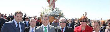 El presidente de la Diputación de Albacete participa en Casas de Ves de la misa y procesión en honor a la Virgen de la Encarnación
