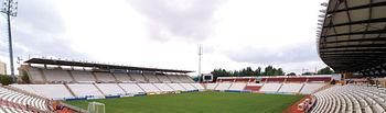Estadio Carlos Belmonte, sede donde se celebran los partidos de fútbol del Albacete Balompié.