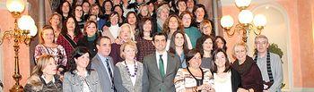 Entrega de los diplomas del curso de formación en atención socio-sanitaria a personas dependientes