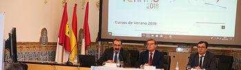 El consejero de Sanidad, Jesús Fernández Sanz, inaugura el Curso de Verano 2018 de la UCLM 'Humanizando las Enfermedades Raras', en la Facultad de Ciencias Jurídicas y Sociales. (Foto: Ignacio López // JCCM)