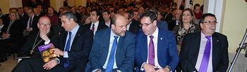 """El vicepresidente de Castilla-La Mancha destaca la """"singularidad"""" de la Semana Santa de Cuenca. Foto: JCCM."""