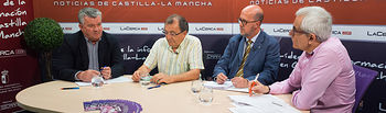 Antonio Atiénzar, vicepresidente de la Confederación de Empresarios de Albacete, FEDA, Juan Alonso Ruiz, secretario general del Sindicato de Enfermería SATSE en Albacete, Francisco Pérez, presidente Local de Cruz Roja en Albacete, y Manuel Lozano, director del Grupo Multimedia de Comunicación La Cerca.