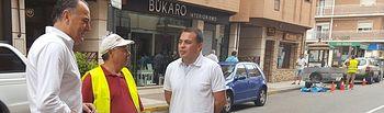 El alcalde de Tarancón visita a los trabajadores del Plan de Empleo y municipales.