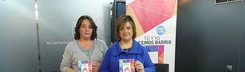 Eva Navarro, Concejal de Acción Social, Cooperación e Inmigración del Ayuntamiento de Albacete, junto a Elena Sánchez, técnico de la ONG Asamblea de Cooperación por la Paz (ACPP)