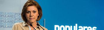 La secretaria general, Mª Dolores de Cospedal, en rueda de prensa