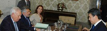 El Ministro de Asuntos Exteriores y de Cooperación con el Ministro de Industria y Nuevas Tecnologías de Kazajstán