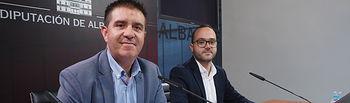Santiago Cabañero, presidente de la Diputación de Albacete, junto a Francisco Valera, vicepresidente de la Diputación de Albacete. Foto: Manuel Lozano Garcia / La Cerca